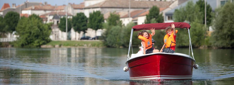 Enfants sur les bateaux E-SEA